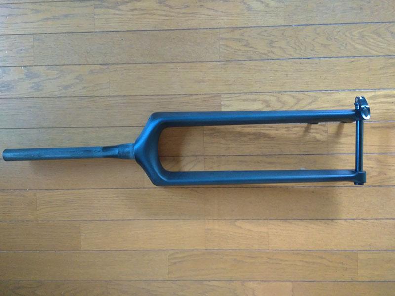 BOOST用110x15 スルーのカーボンフォーク