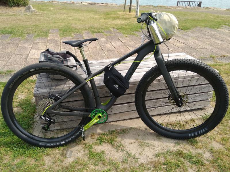 所持品と自転車