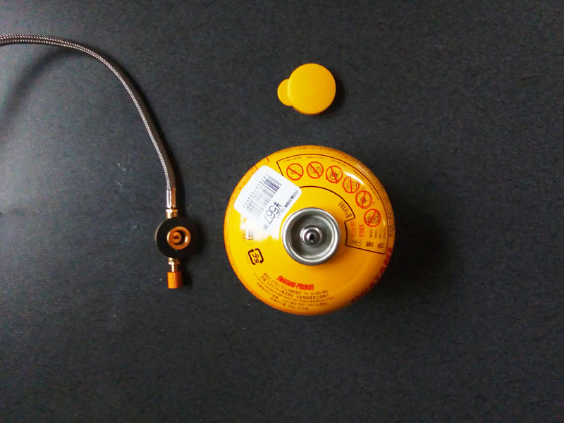 ガス缶とバーナーのソケット