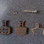 油圧ディスクブレーキパッドのメンテナンスと掃除