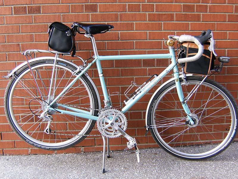 Light_Touring_Bicycle