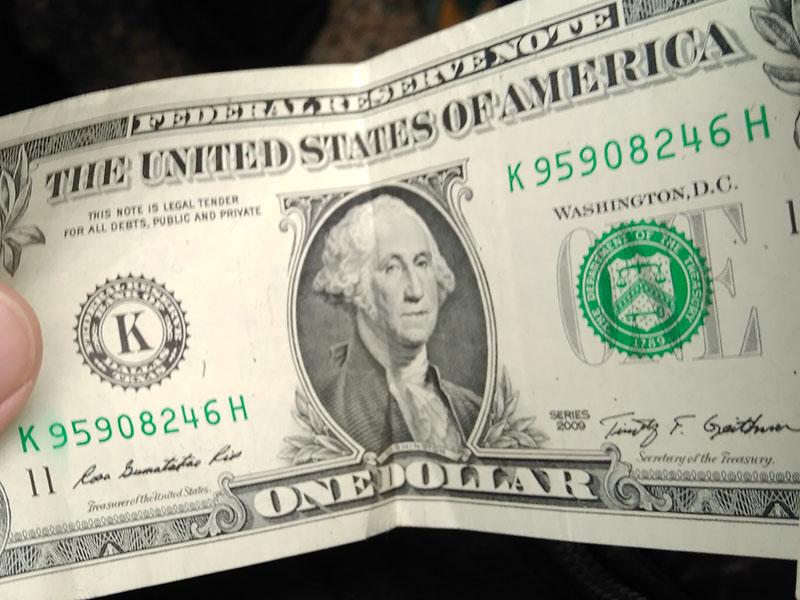 偉大なる建国の父ジョージ・ワシントンの1ドル紙幣
