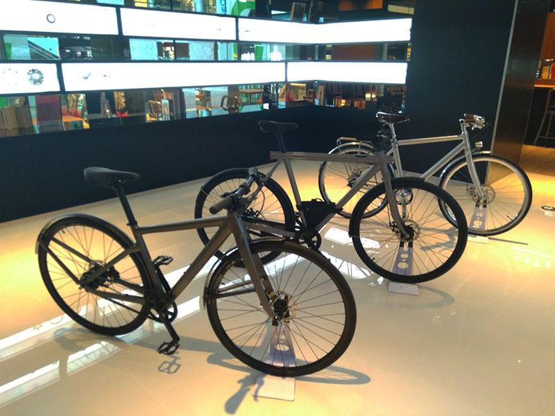 自転車ディスプレー