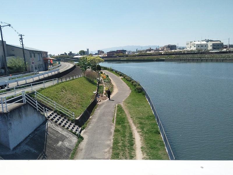なにわ自転車道 えのき橋から下流側風景