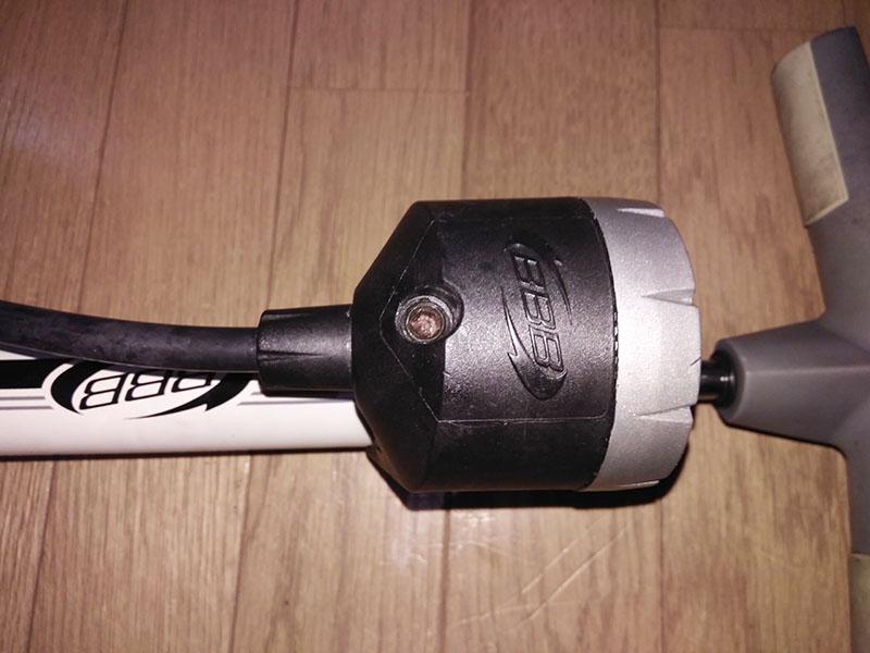 空気圧調整ボルト