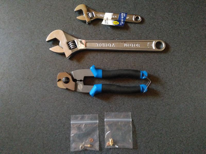 油圧ディスクブレーキホースカット用の工具
