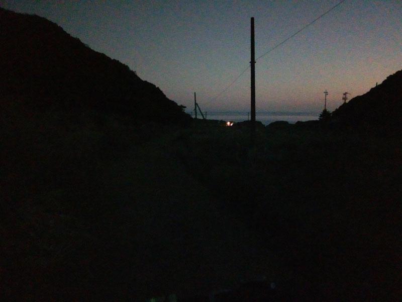暗い無人島