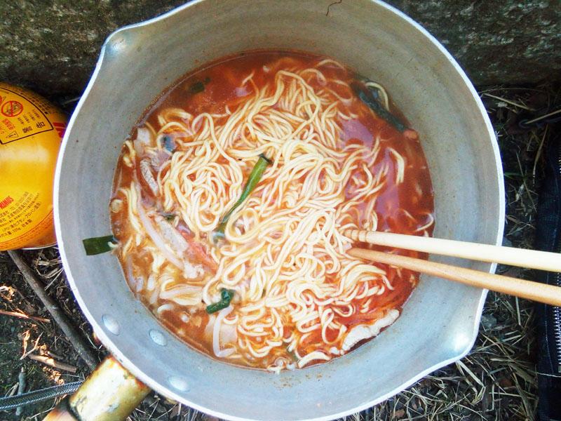 ゴッド酸辣湯麺