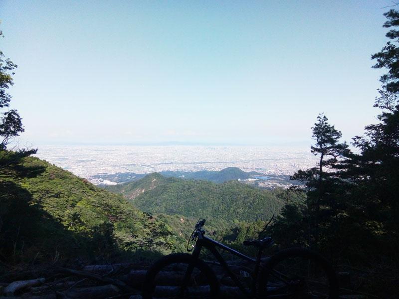 甲山と阪神間の街並み