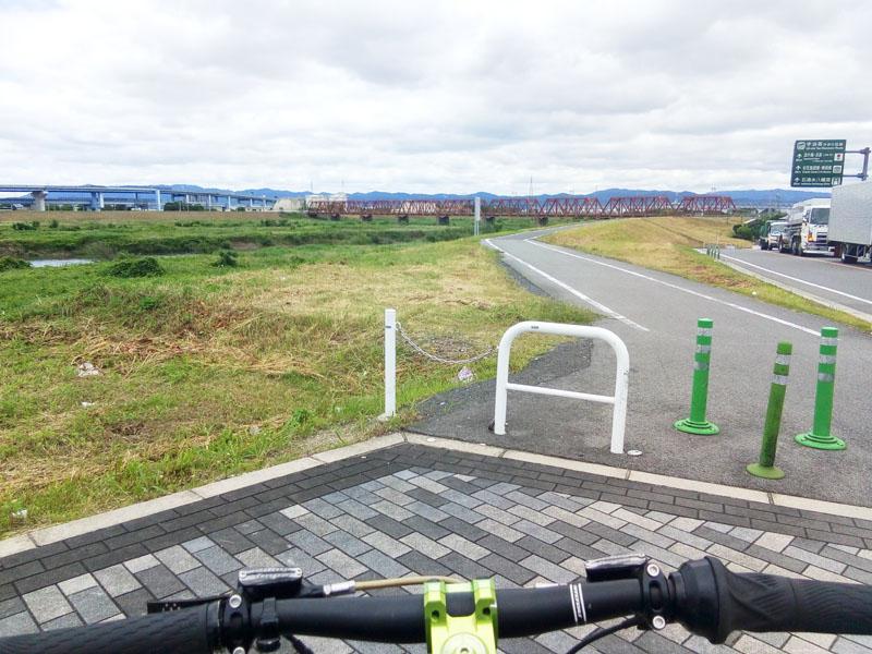 木津川サイクリングロードスタート