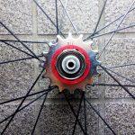 ロードバイクのシングルスピード化 カーボンホイールに厚歯ポン付けで