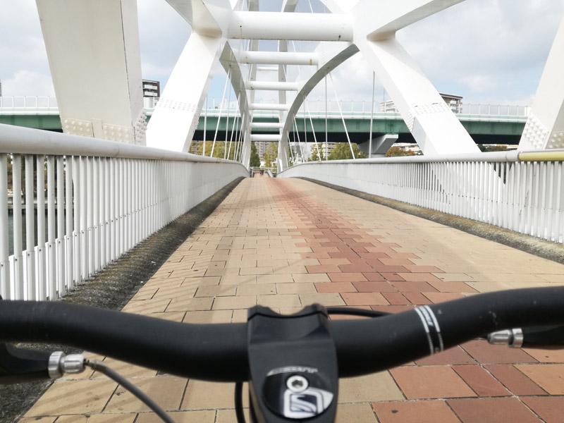 北大阪サイクルライン序盤の橋