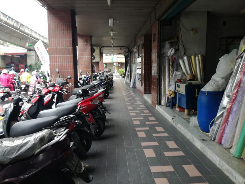 オートバイの大群