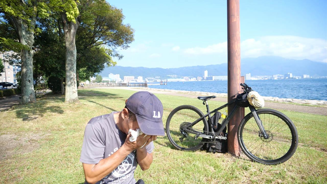 猛暑日の琵琶湖湖畔