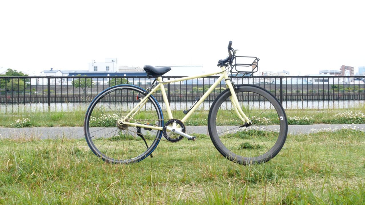 道端へ自転車を除ける