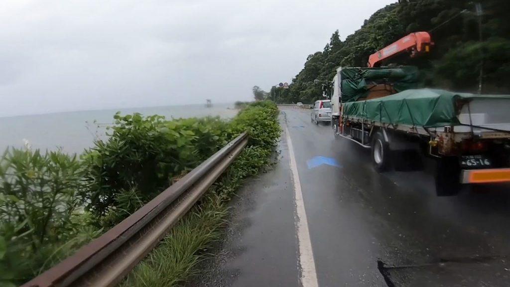 ビワイチの湖西の自転車レーン