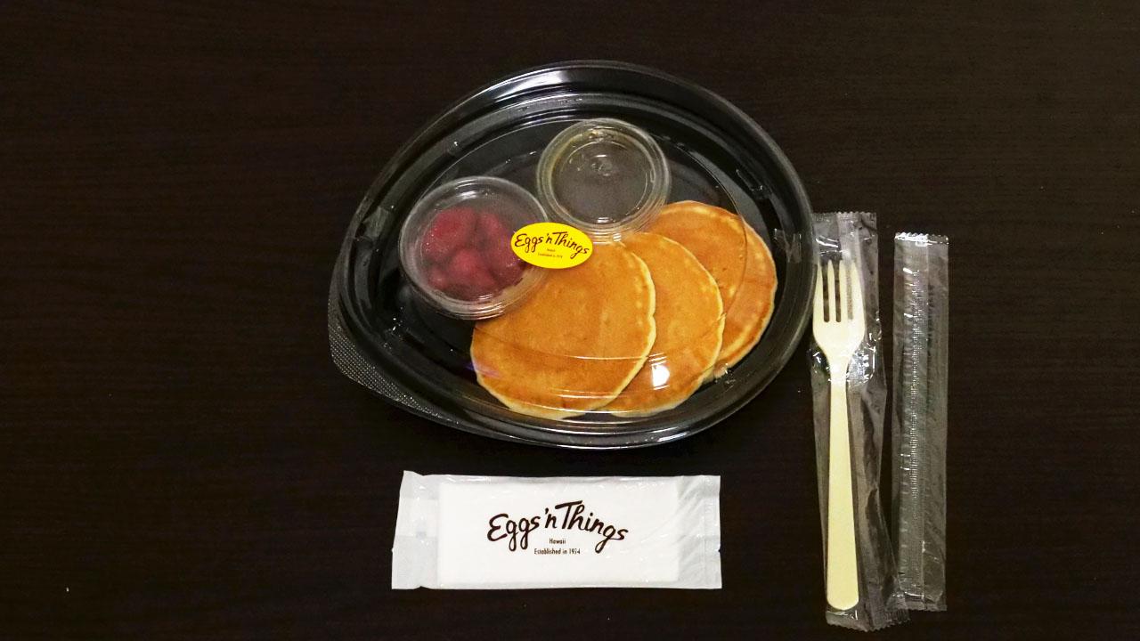 エッグスシングスのテイクアウトパンケーキセット